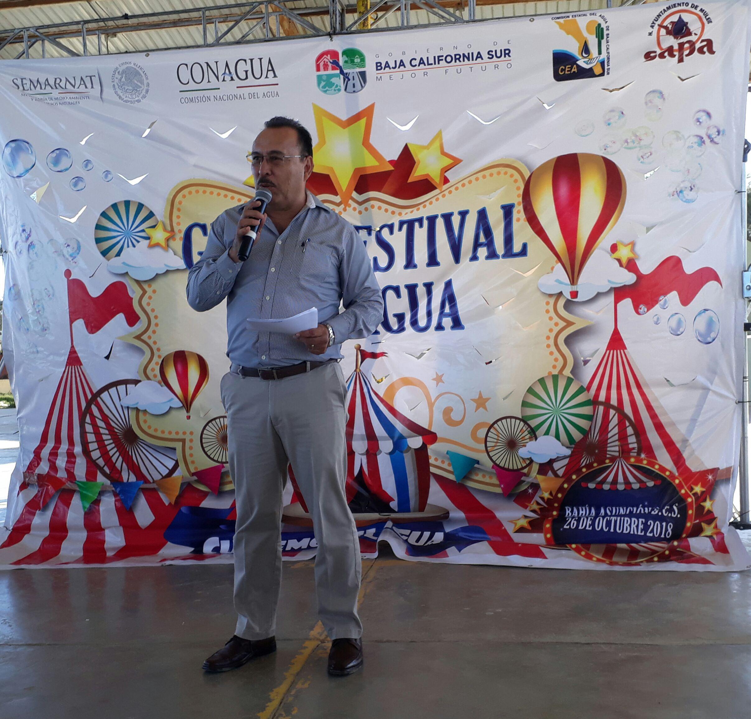 Bahía Asunción - Director de la CEA dando Bienvenida